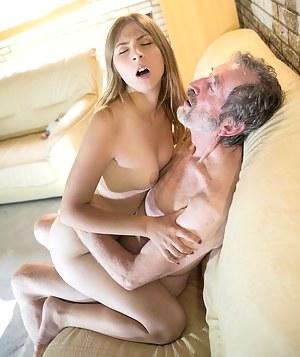 XXX Teen Hardcore Porn Pictures