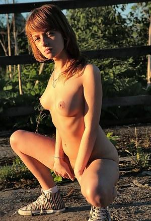 XXX Teen Farm Porn Pictures